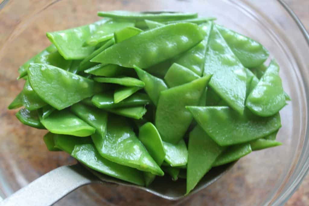 snow peas made for spicy soba noodles and peanut sauce