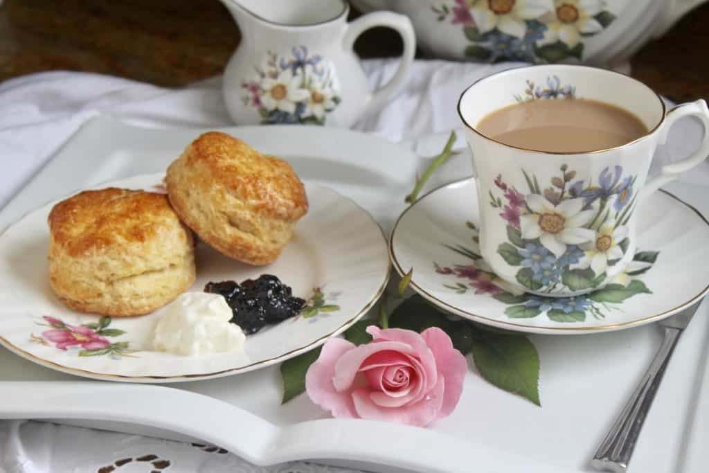 afternoon tea scones with tea