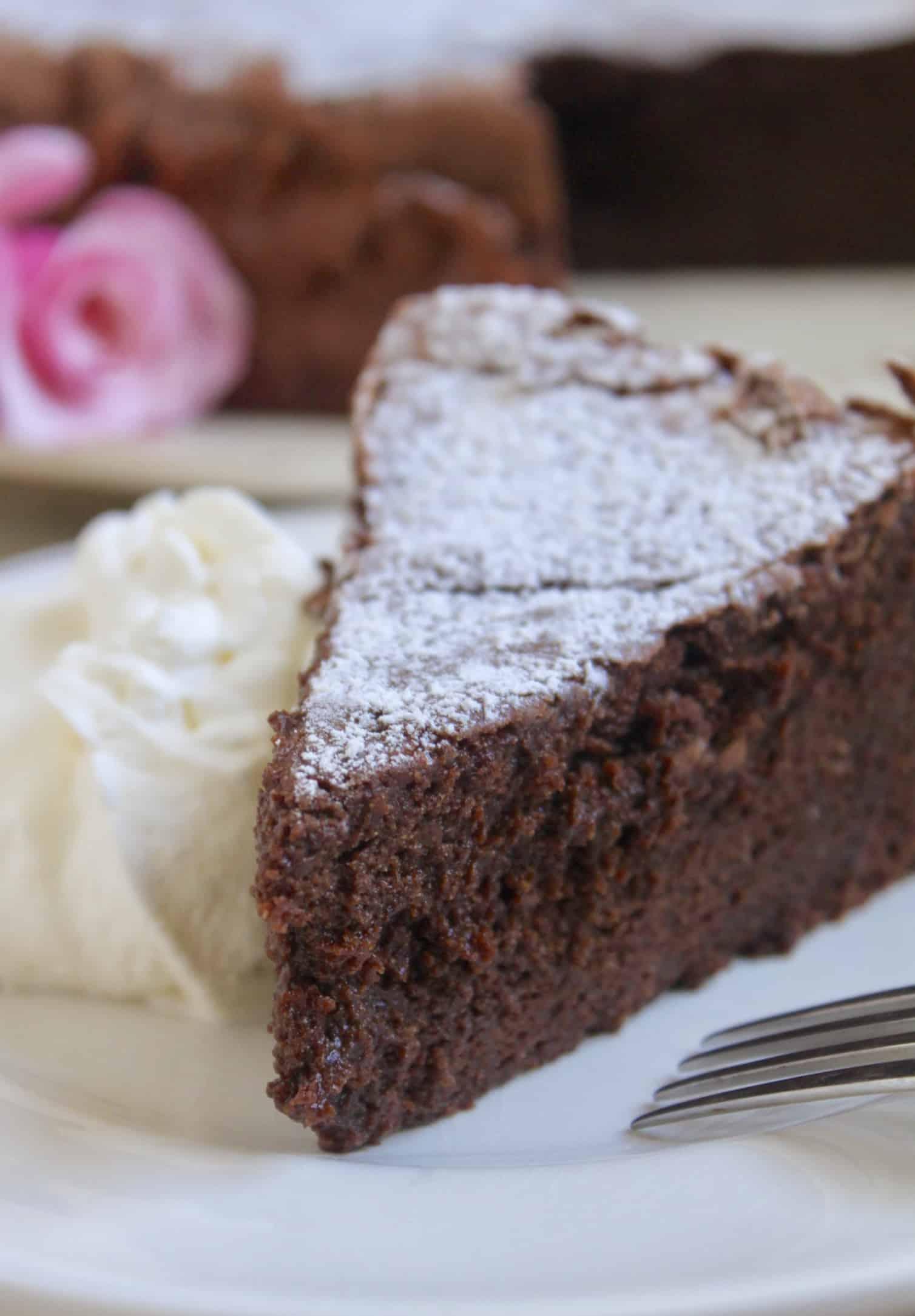 flourless chocolate torte with cream