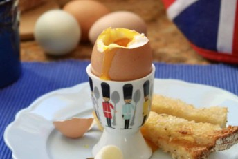 Perfect Soft Boiled Eggs with Soldiers!