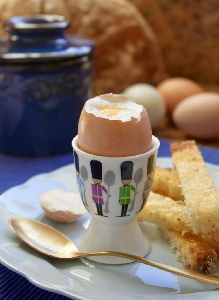 Soft boiled egg and soldiers