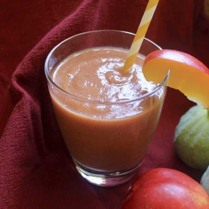 raspberry nectarine fig smoothie