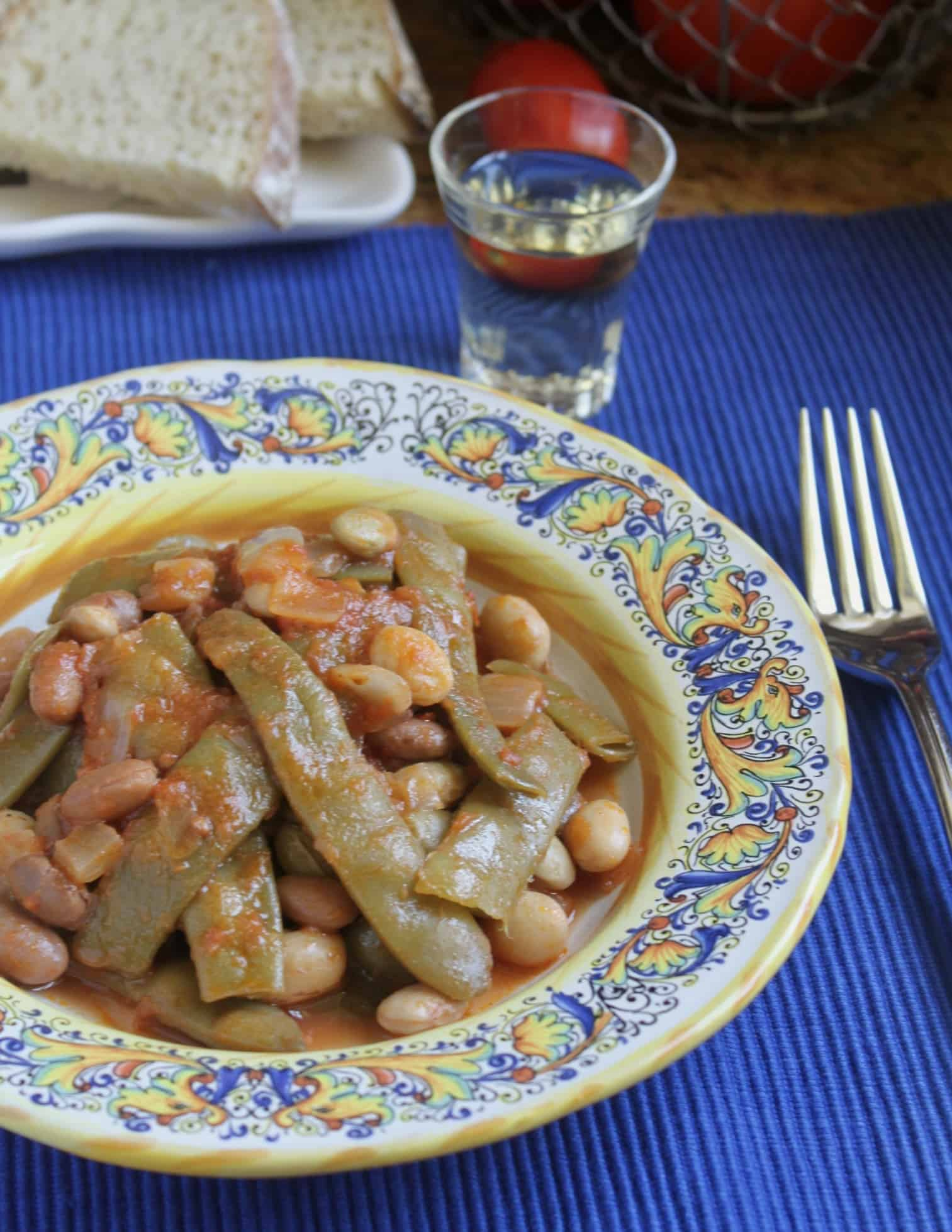 italian green beans with wine and bread