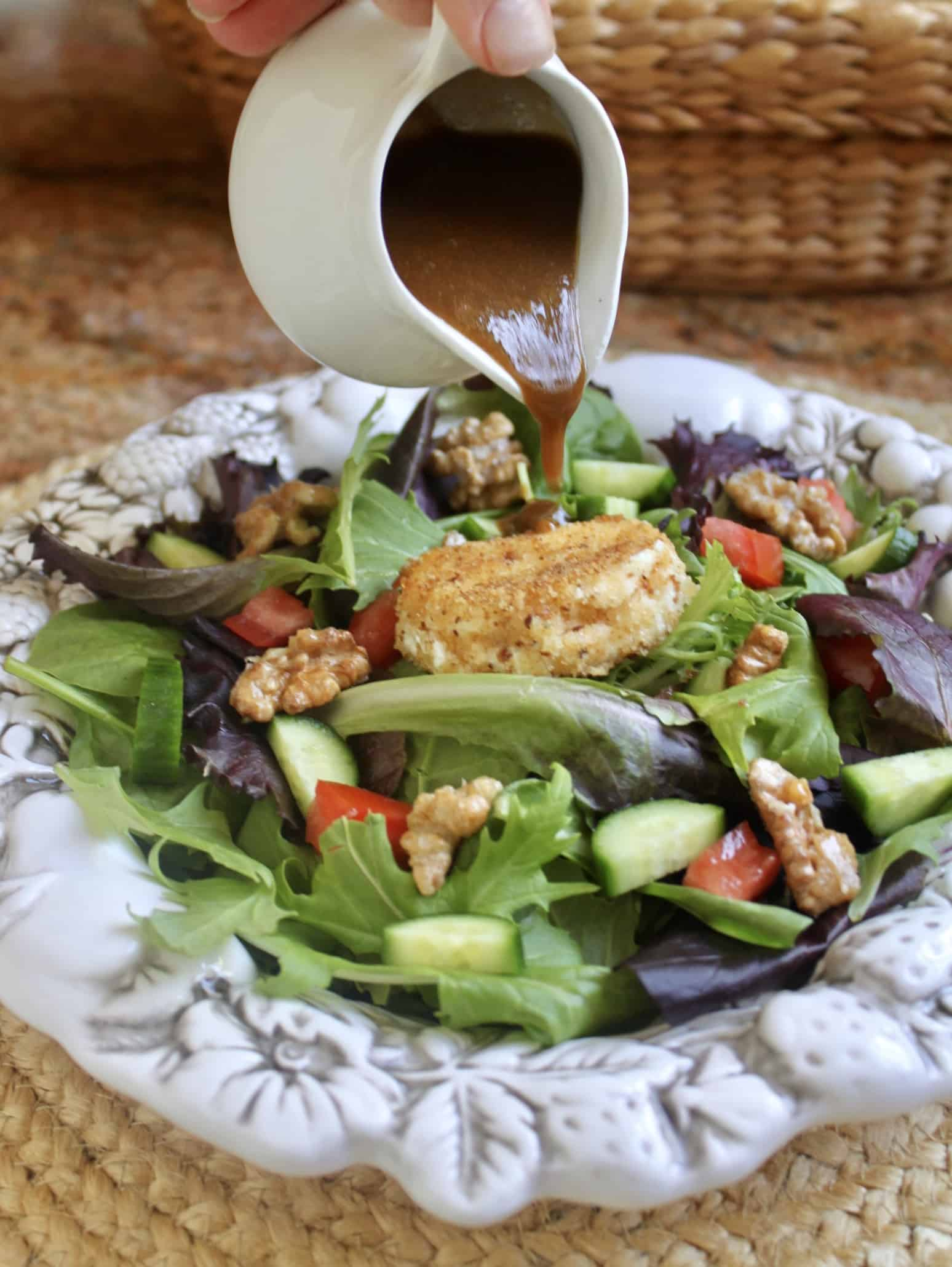 drizzling salad with vinaigrette