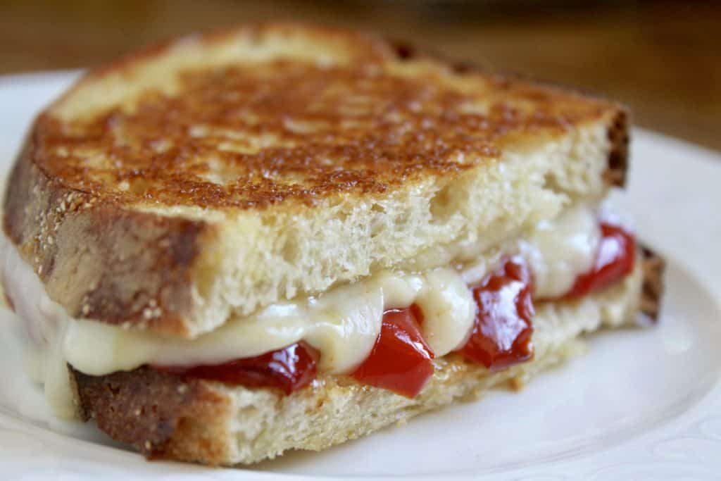 Grilled cheese with red pepper