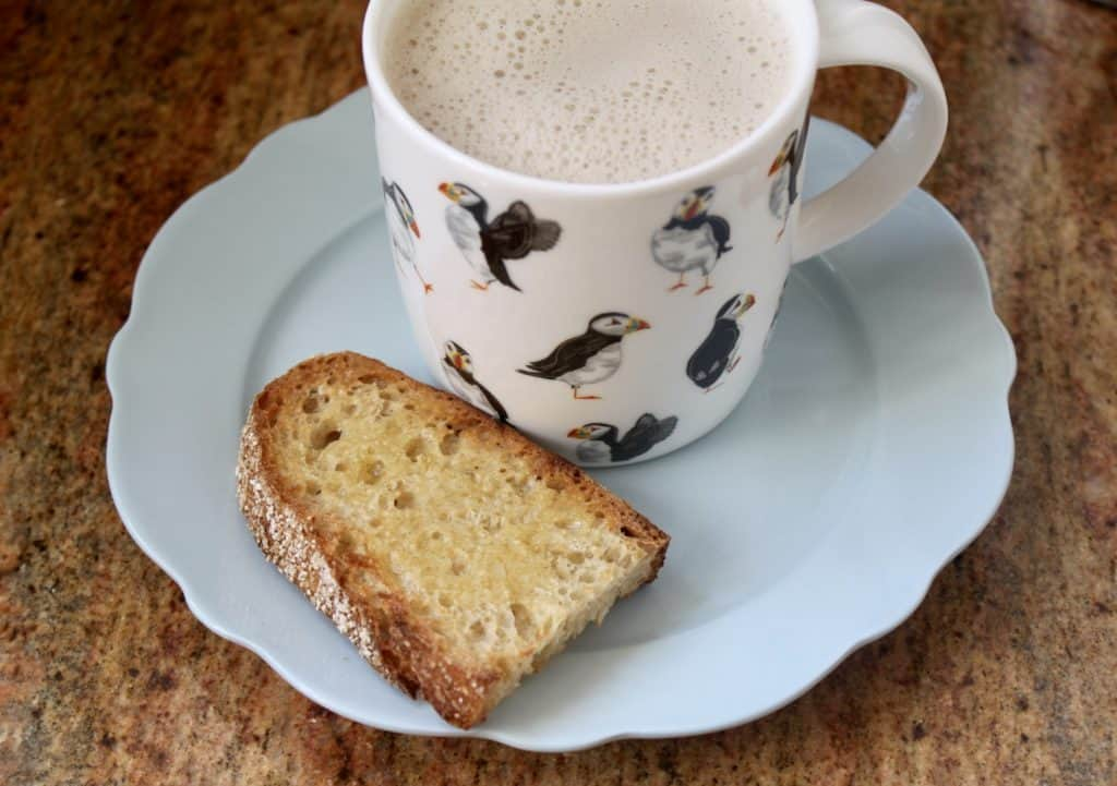 Toast and orzo coffee substitute