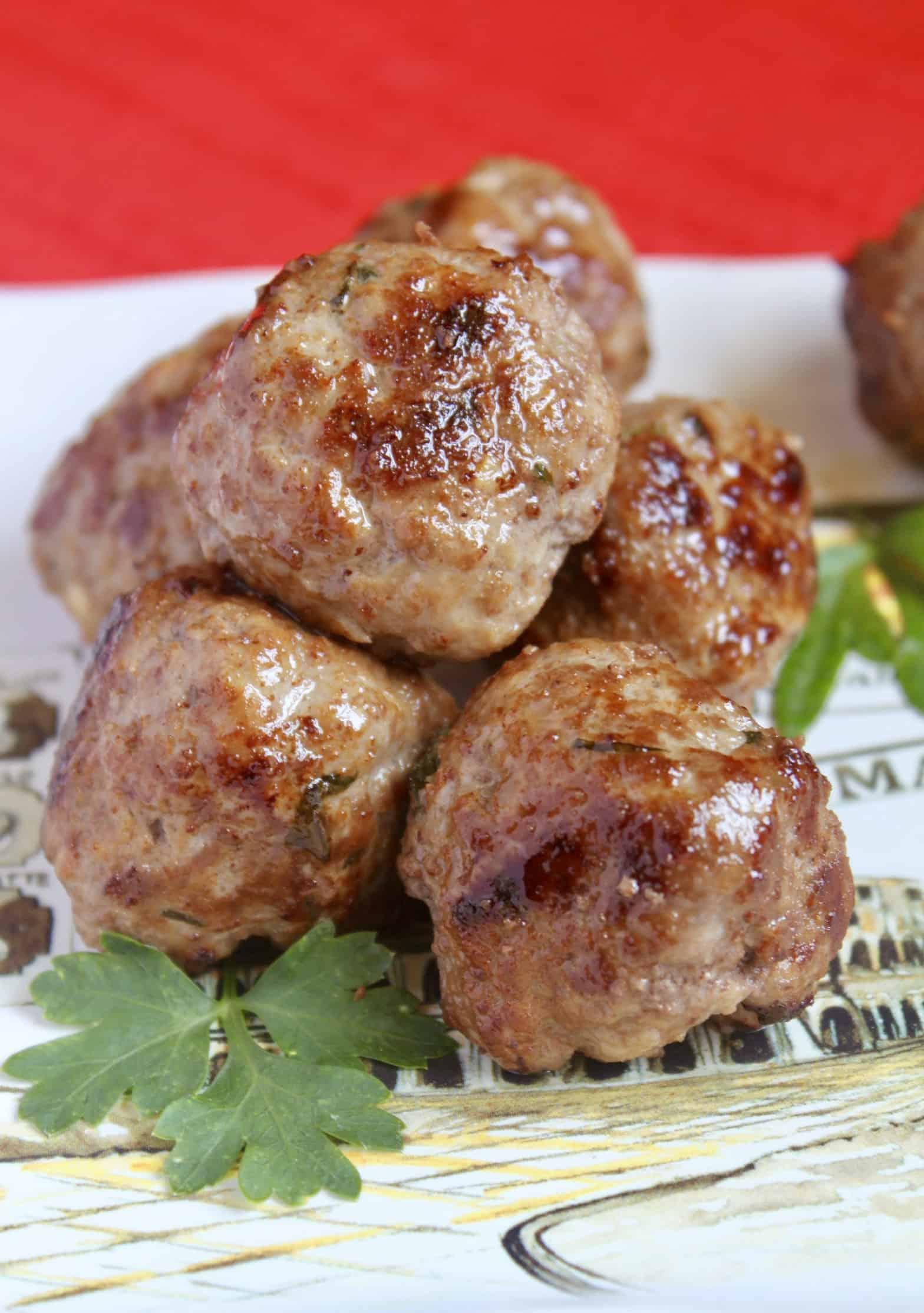 How to Make Meatballs (Italian Meatball Recipe)
