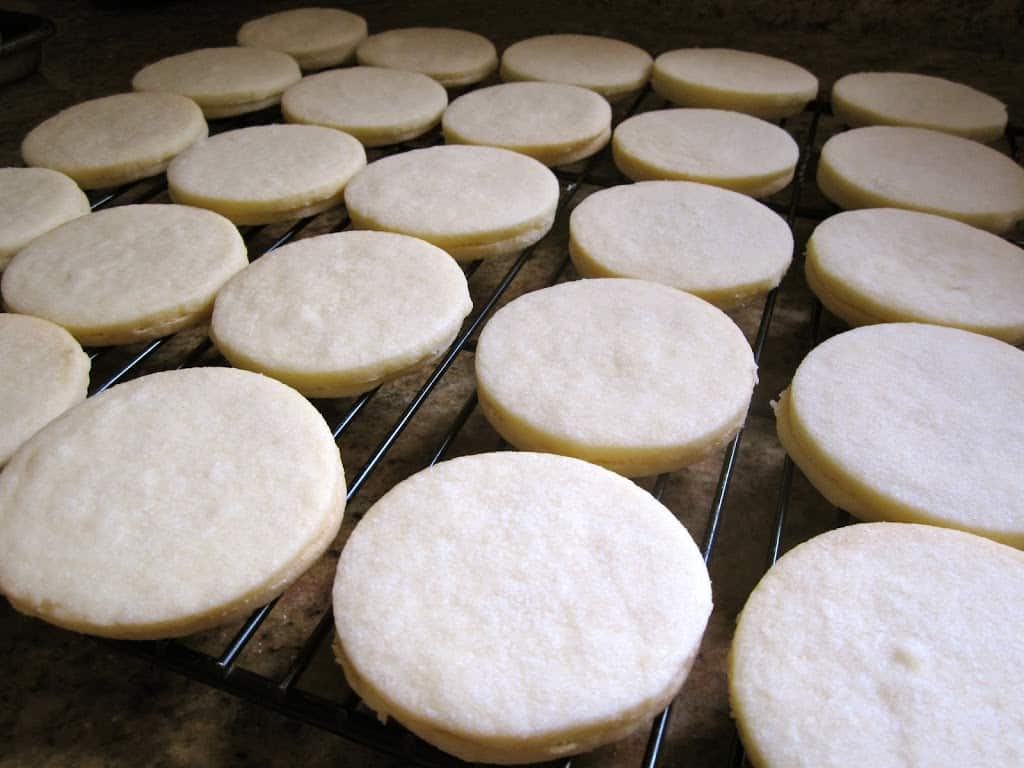 empire biscuits on a cooling rack