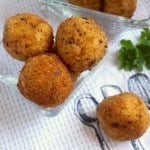 Potato Croquettes (Crispy Deep Fried Mashed Potatoes!)