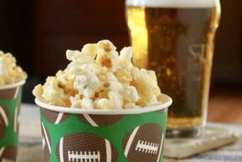 Caramel Crunch Popcorn – Ready in 15 Minutes!