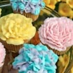 Flower Cupcakes: Decorate to Celebrate!