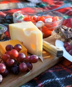 how to make your own picnic shakespeare cheese grapes salad