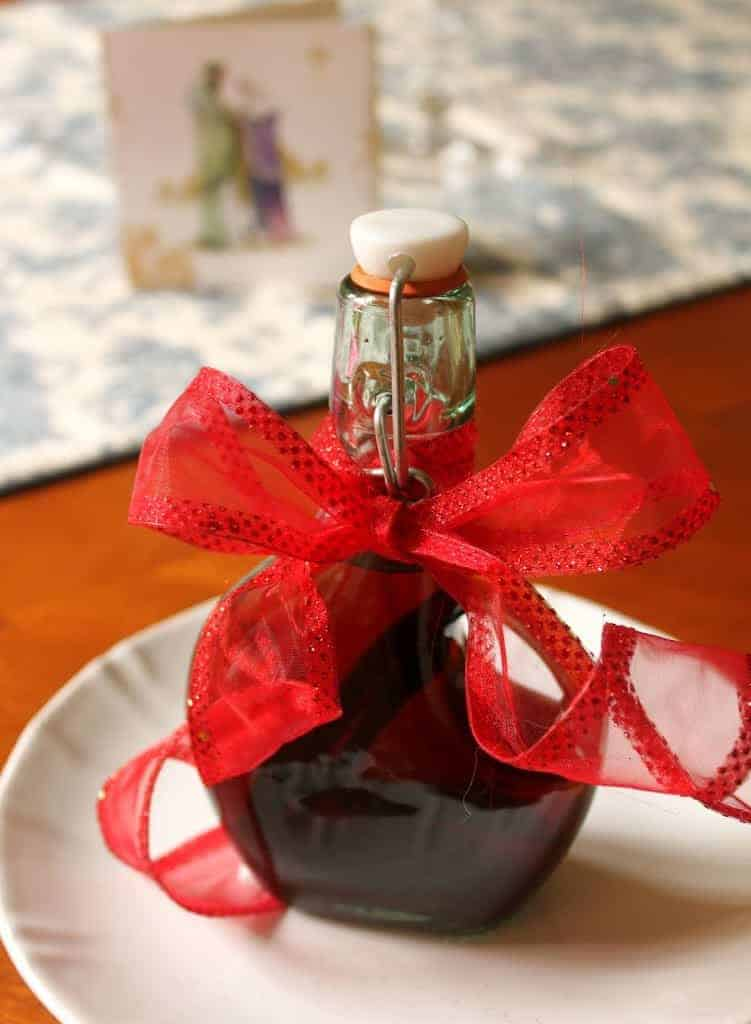Homemade vanilla extract make now for christmas gifts for Homemade baking gifts for christmas