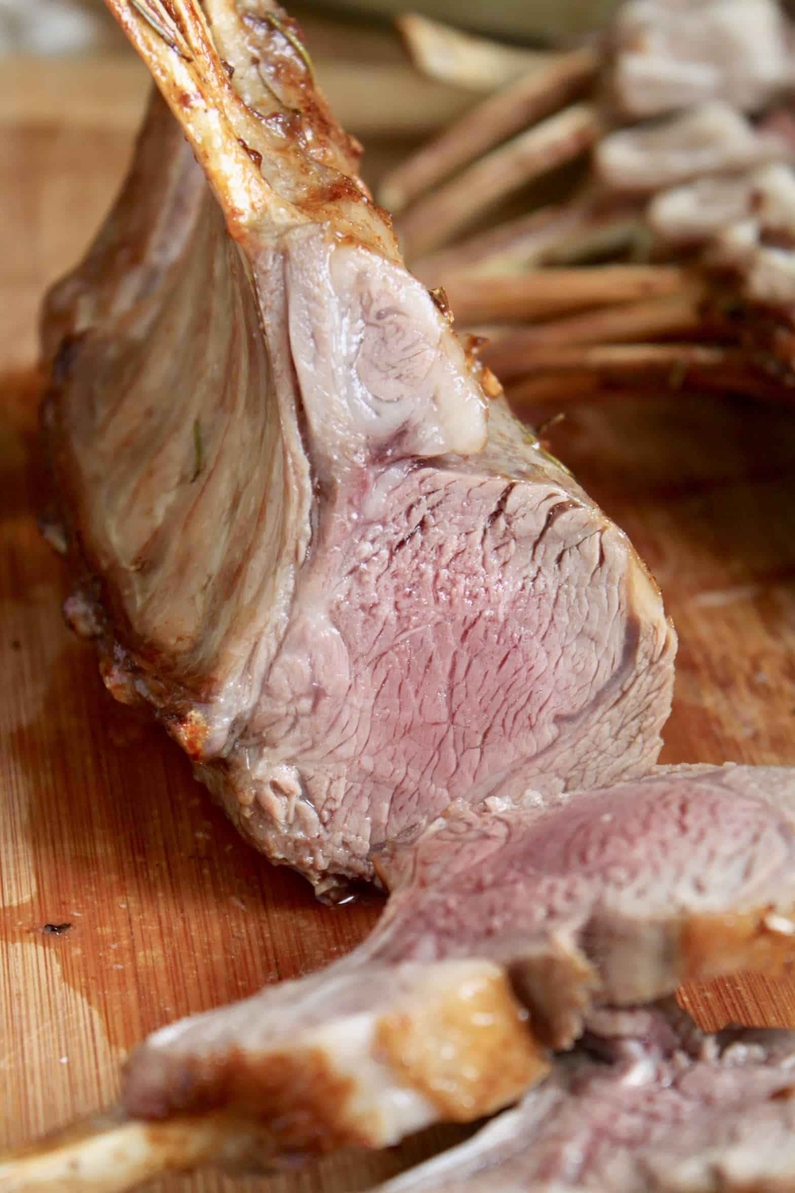 slicing rack of lamb