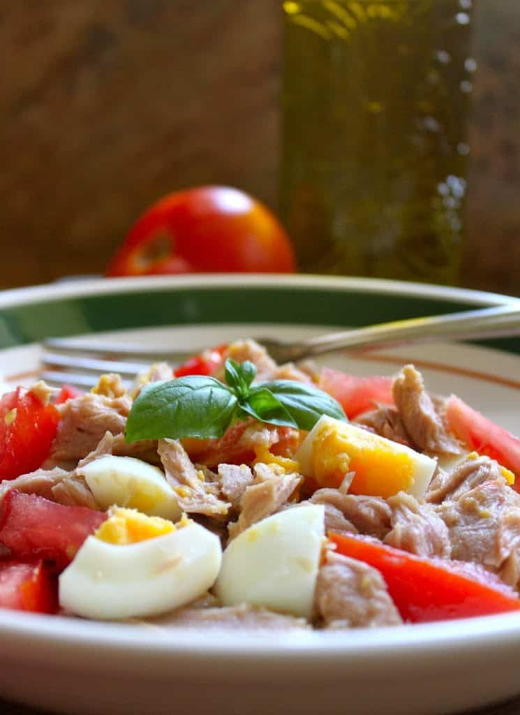 tuna salad with tomato and hard boiled egg