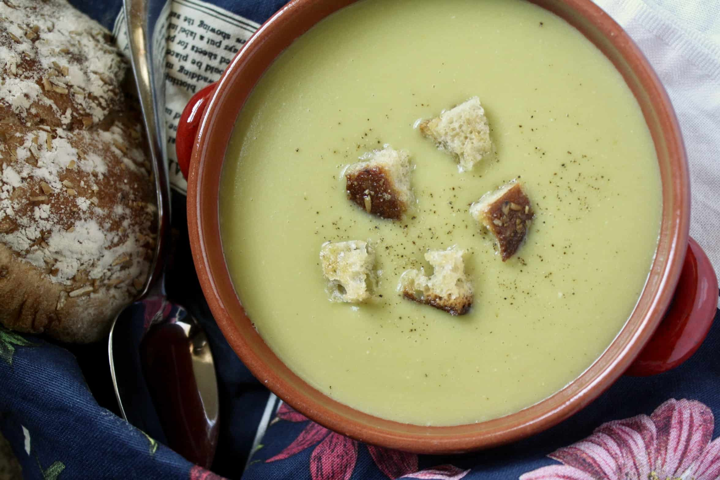 overhead shot split pea soup