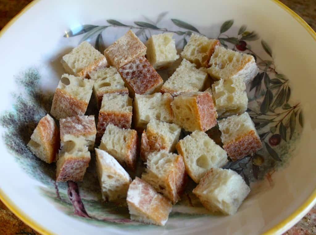 cubed bread for panzanella
