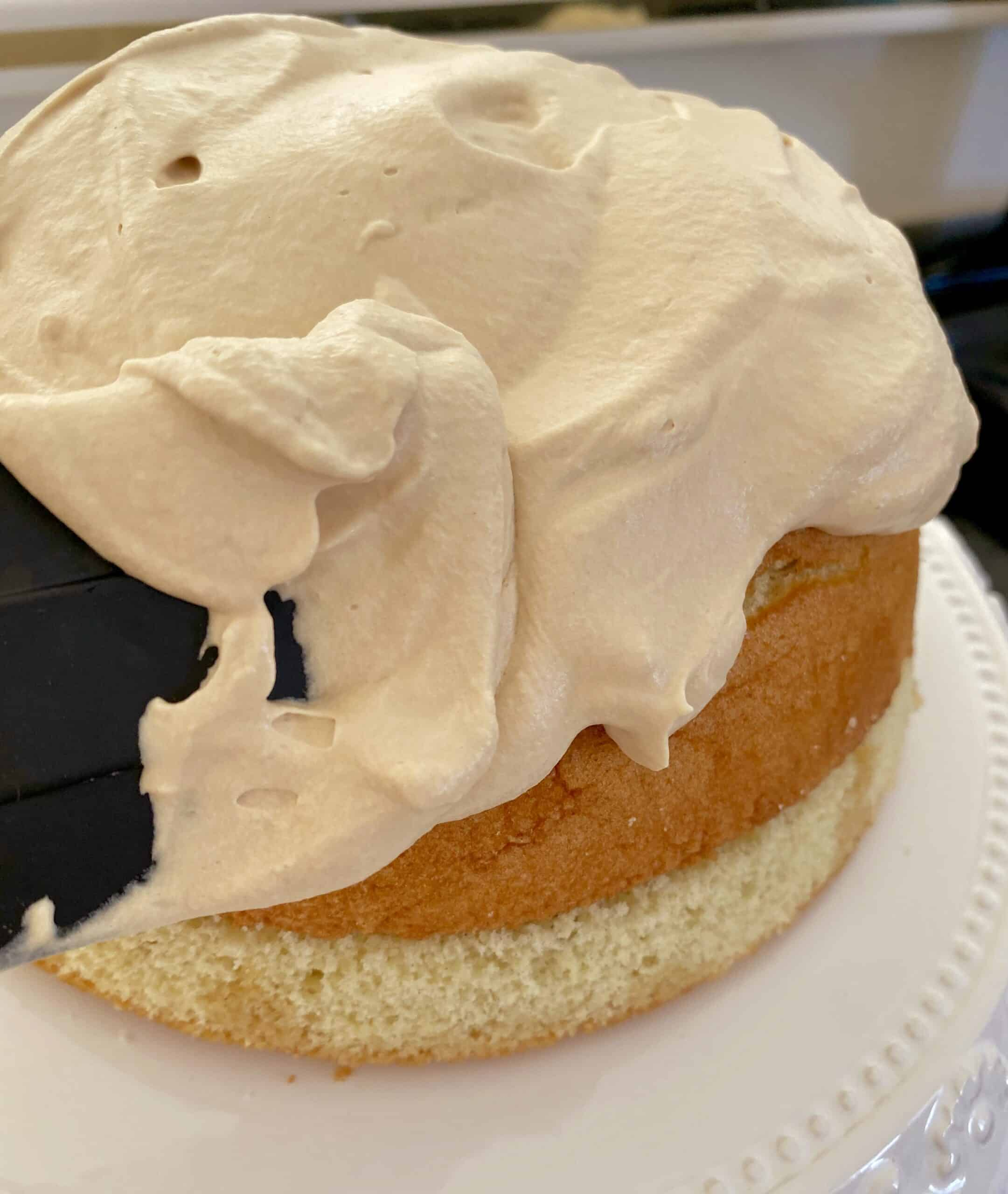putting cream on the zuccotto