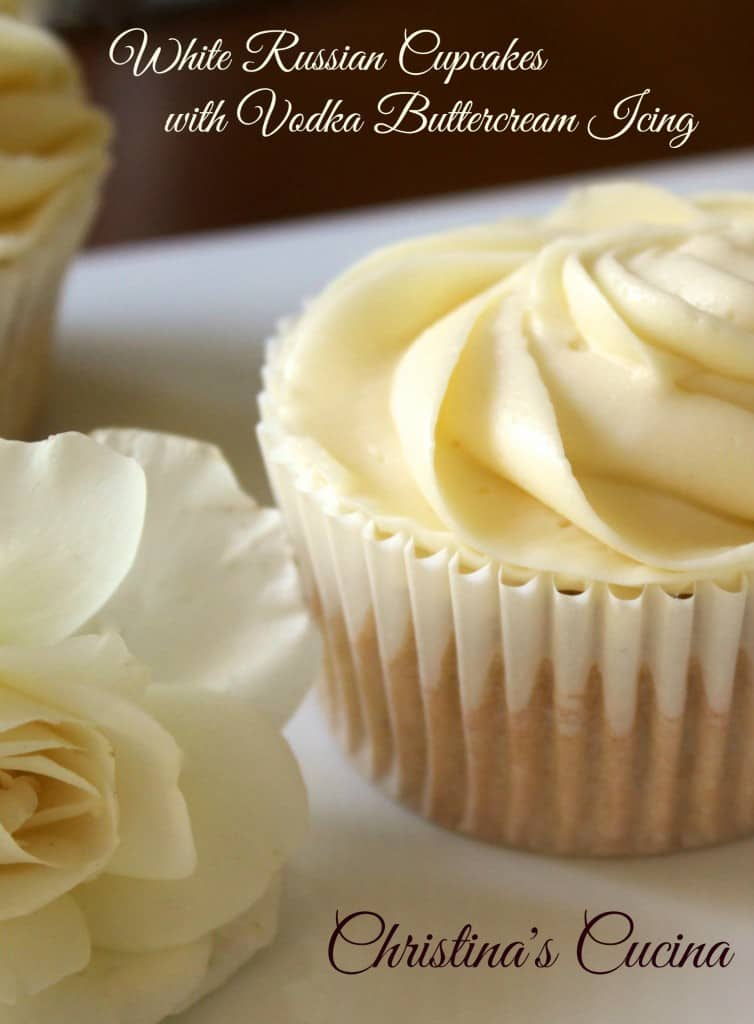 white_russian_cupcakes_text