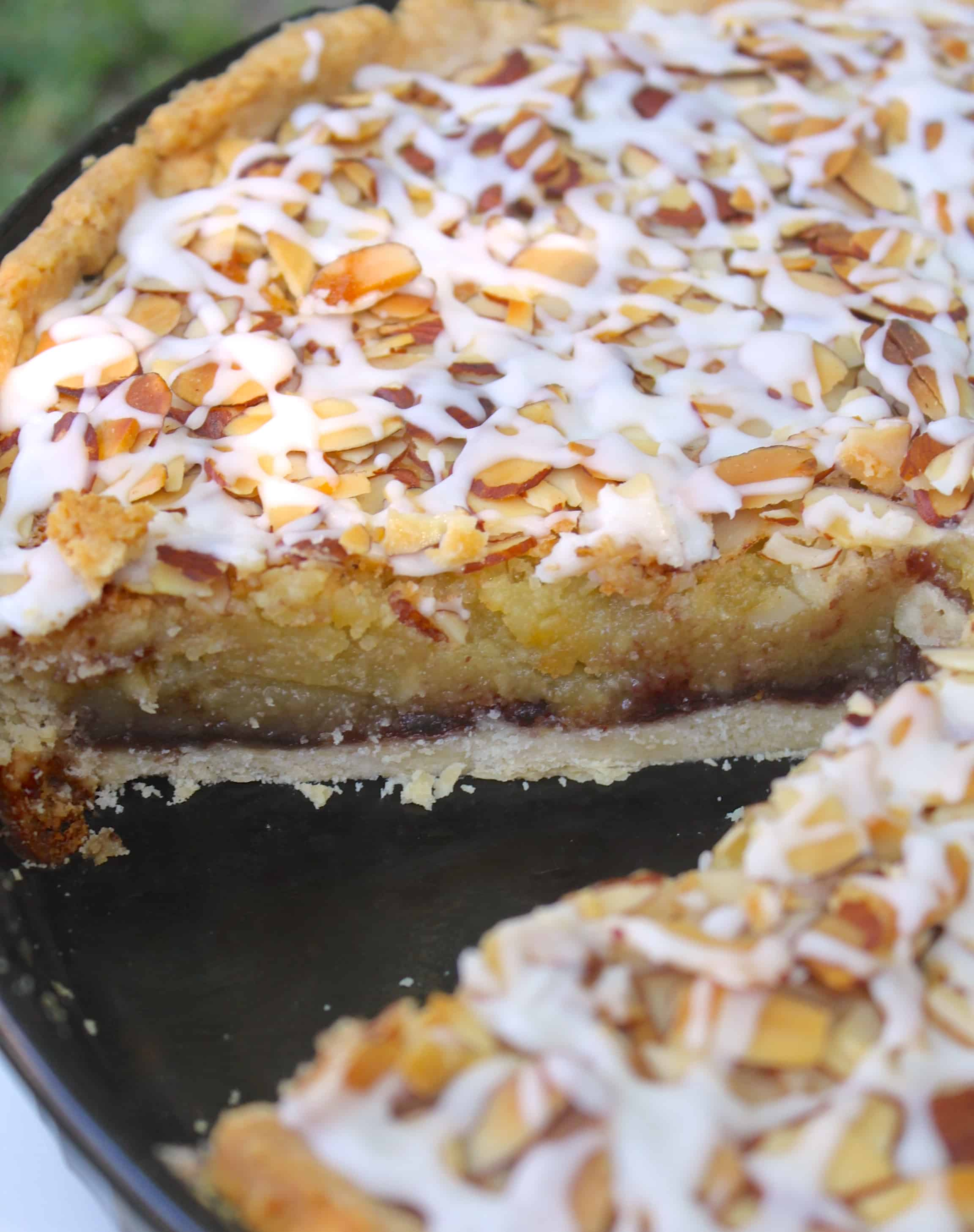 mary berry 39 s bakewell tart recipe and a mincemeat twist