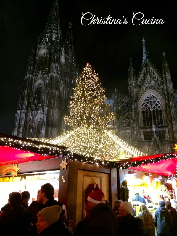 Cologne Christmas Market at Night Christinas Cucina