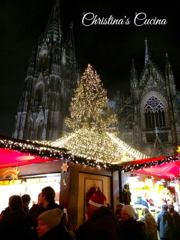 Cologne Christmas Market at Night Christinas Cucina
