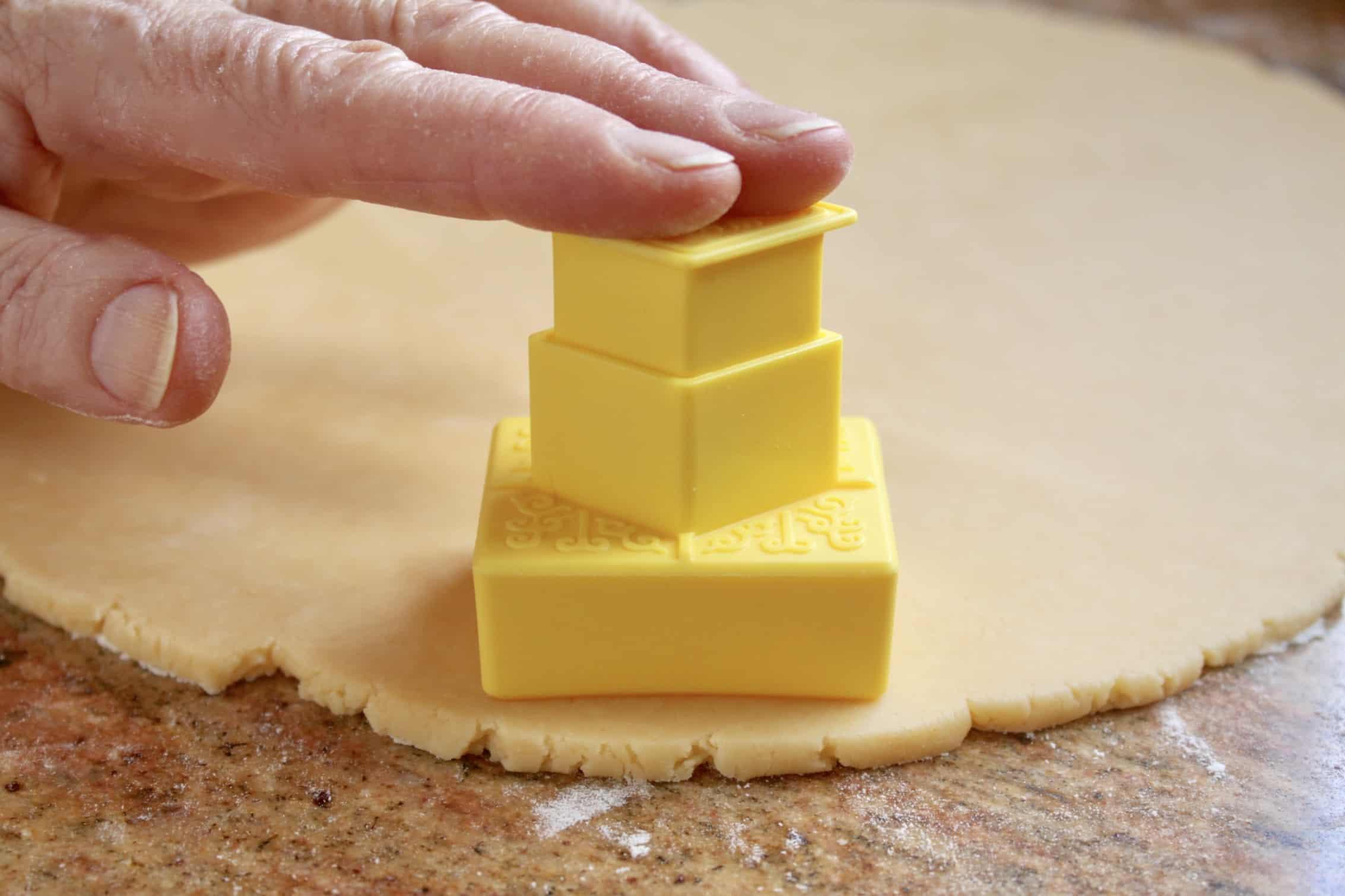 cutting custard creams