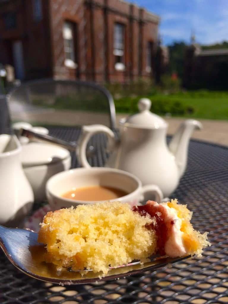 victoria sandwich afternoon tea