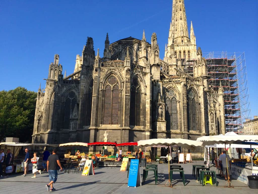 market outside St Andrews in Bordeaux