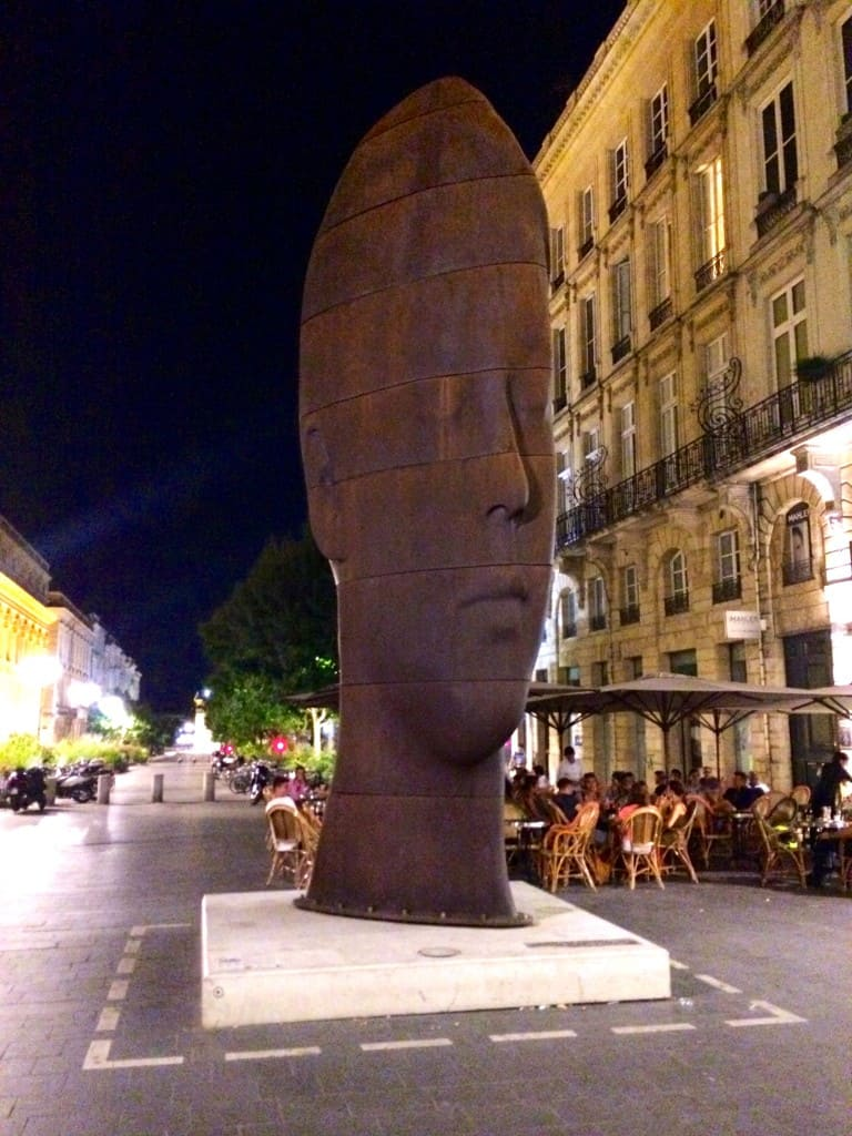 bronze head in Bordeaux