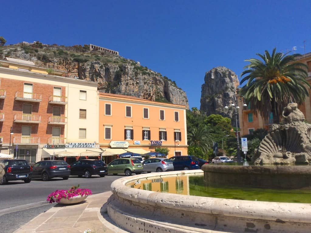 Fountain and view of Terracina