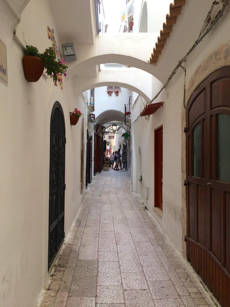 Sperlonga walkway