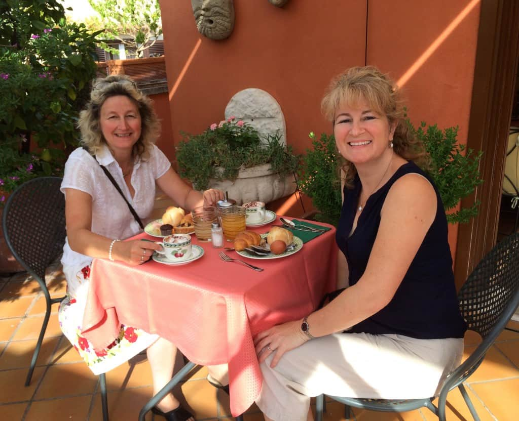 Denisa and me having breakfast at Hotel Columbia in Rome
