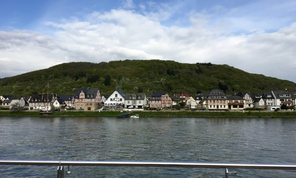 Cruising in the Rhine Gorge
