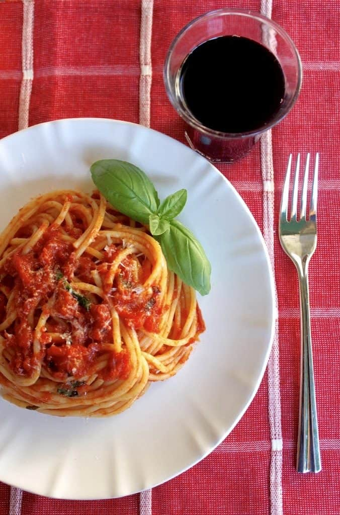 ways to use fresh garden tomatoes Pasta and wine