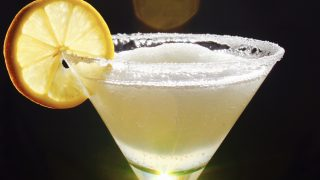 The Best Frozen Lemon Drop Martini (Slush) You'll Ever Have (a Margarita-style Icy Lemon Drop!)