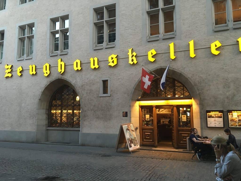 Zeughauskeller Restaurant in Zürich
