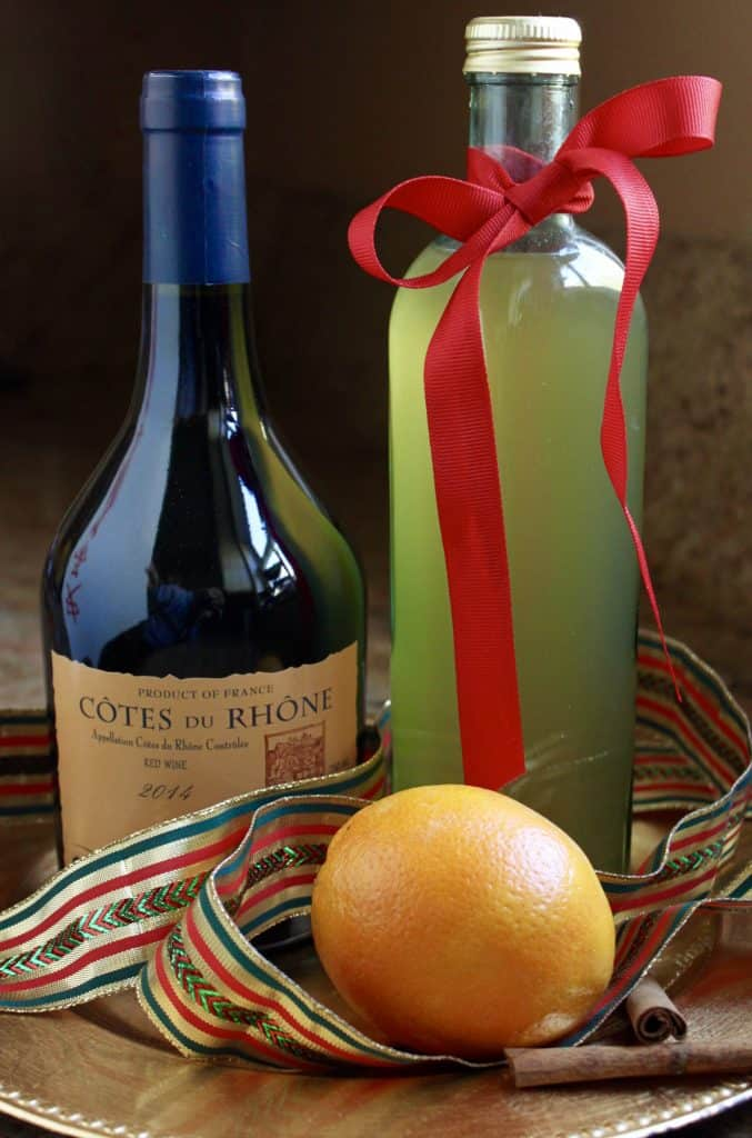 Mulled wine syrup and wine