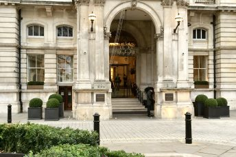 The Langham Afternoon Tea with Wedgwood: a Quintessentially British Experience in London