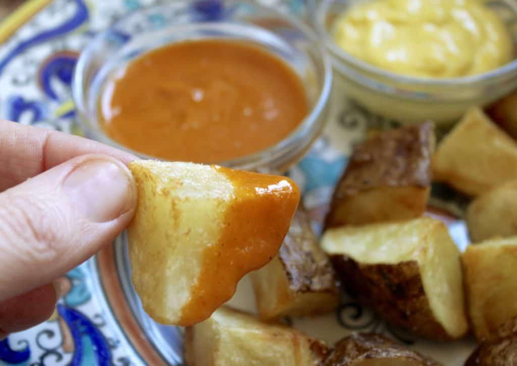 Potato with salsa brava