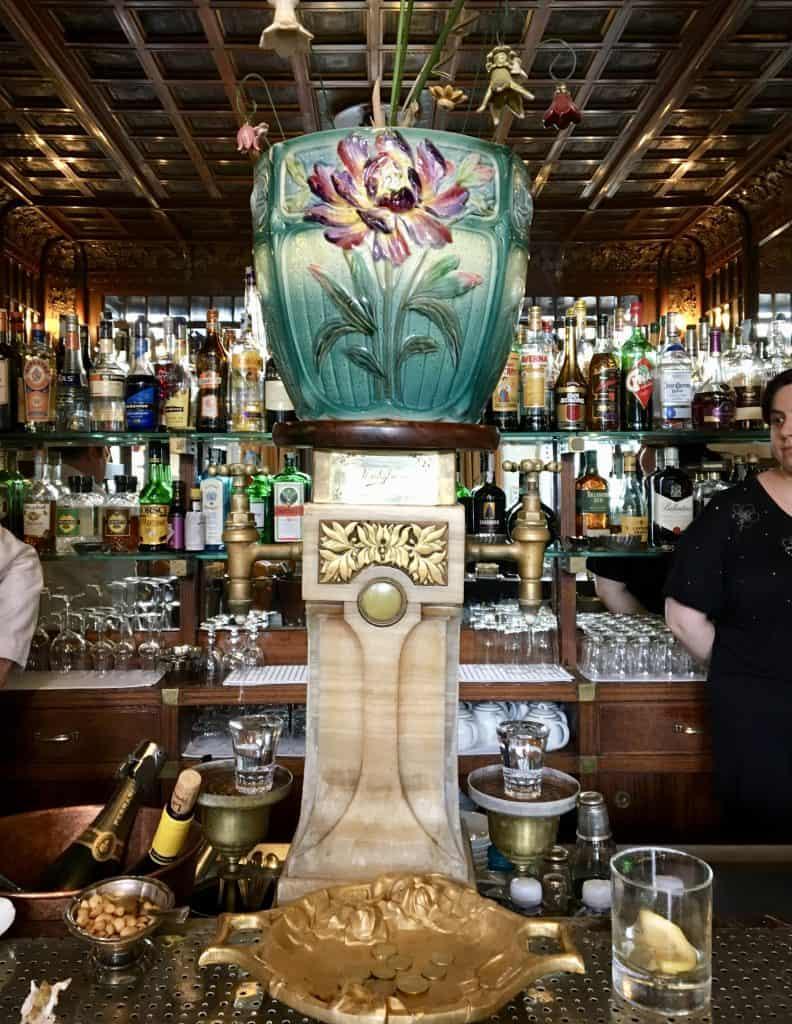 Bar turin torino ceiling wood