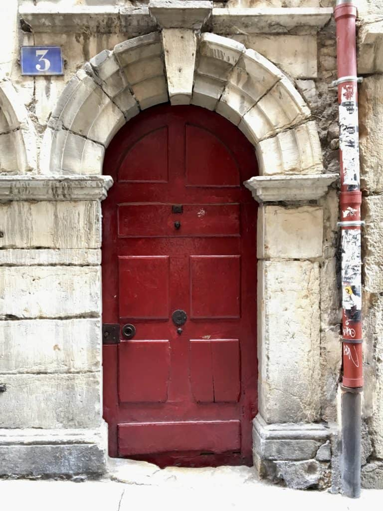 Red door in Lyon
