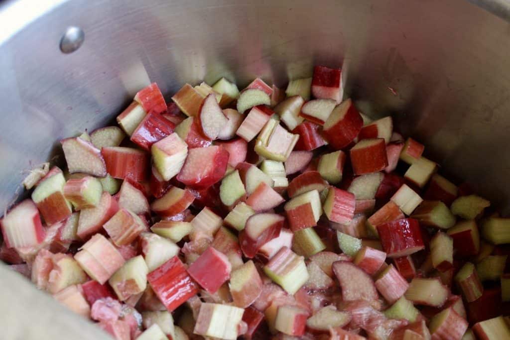 Easy rhubarb jam