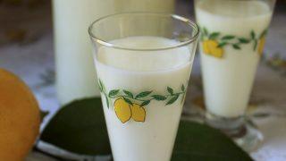 24 Hour Creamy Limoncello Recipe (Crema di Limoncello) - Best Homemade Limoncello