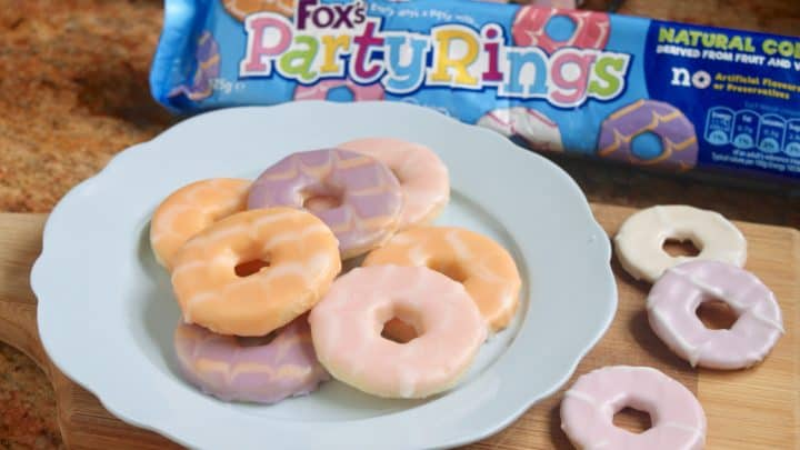 Homemade Party Rings - a Classic British Biscuit (Cookie)