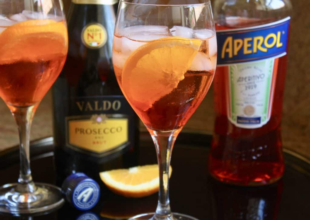 Make an aperol spritz