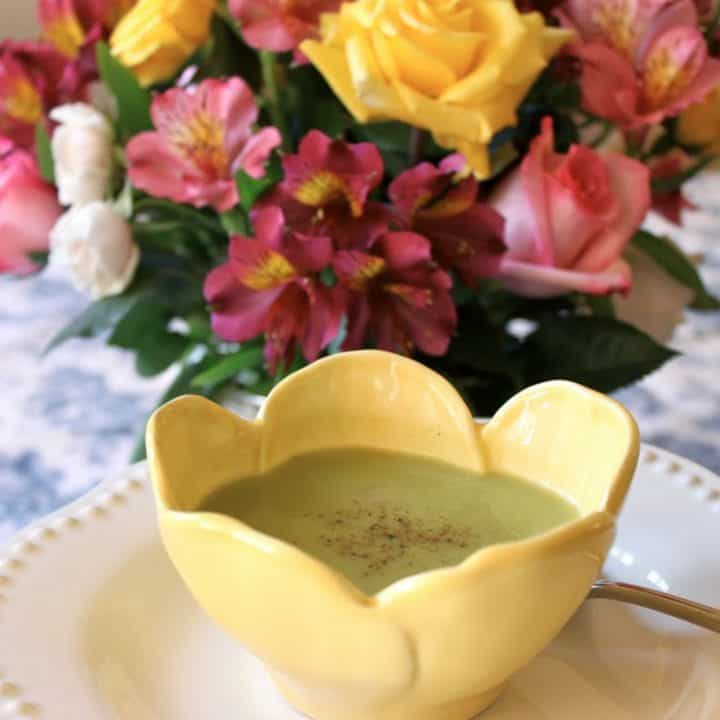 Light and Tasty Pea Soup