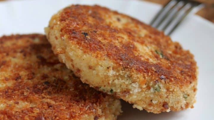 Easy, Step by Step Potato and Salmon Fish Cakes