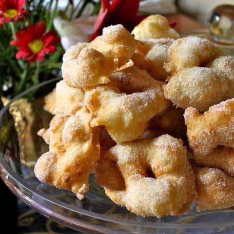 Frittelle: Traditional Italian Christmas Eve Doughnuts