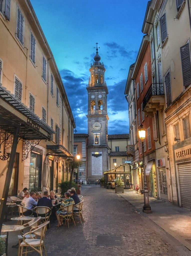 parma at night